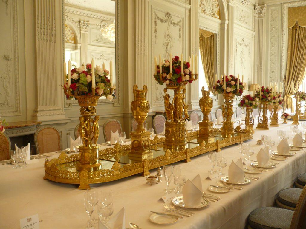 Royal Dining Design