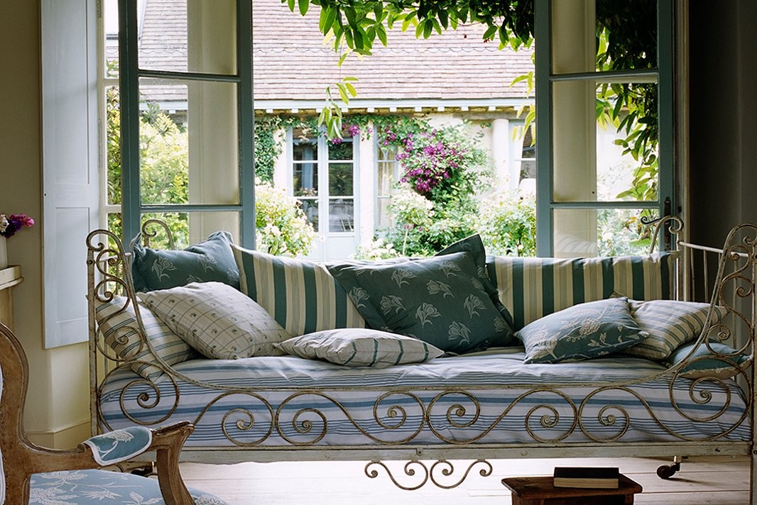 french country decor Lovely ins and outs of french country decor