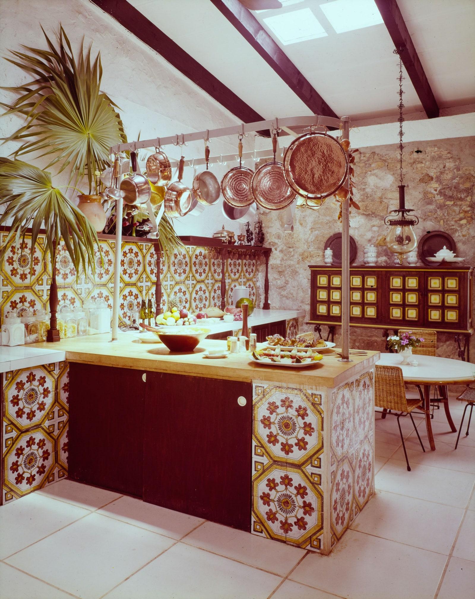 interior design of Elsie de Wolfe