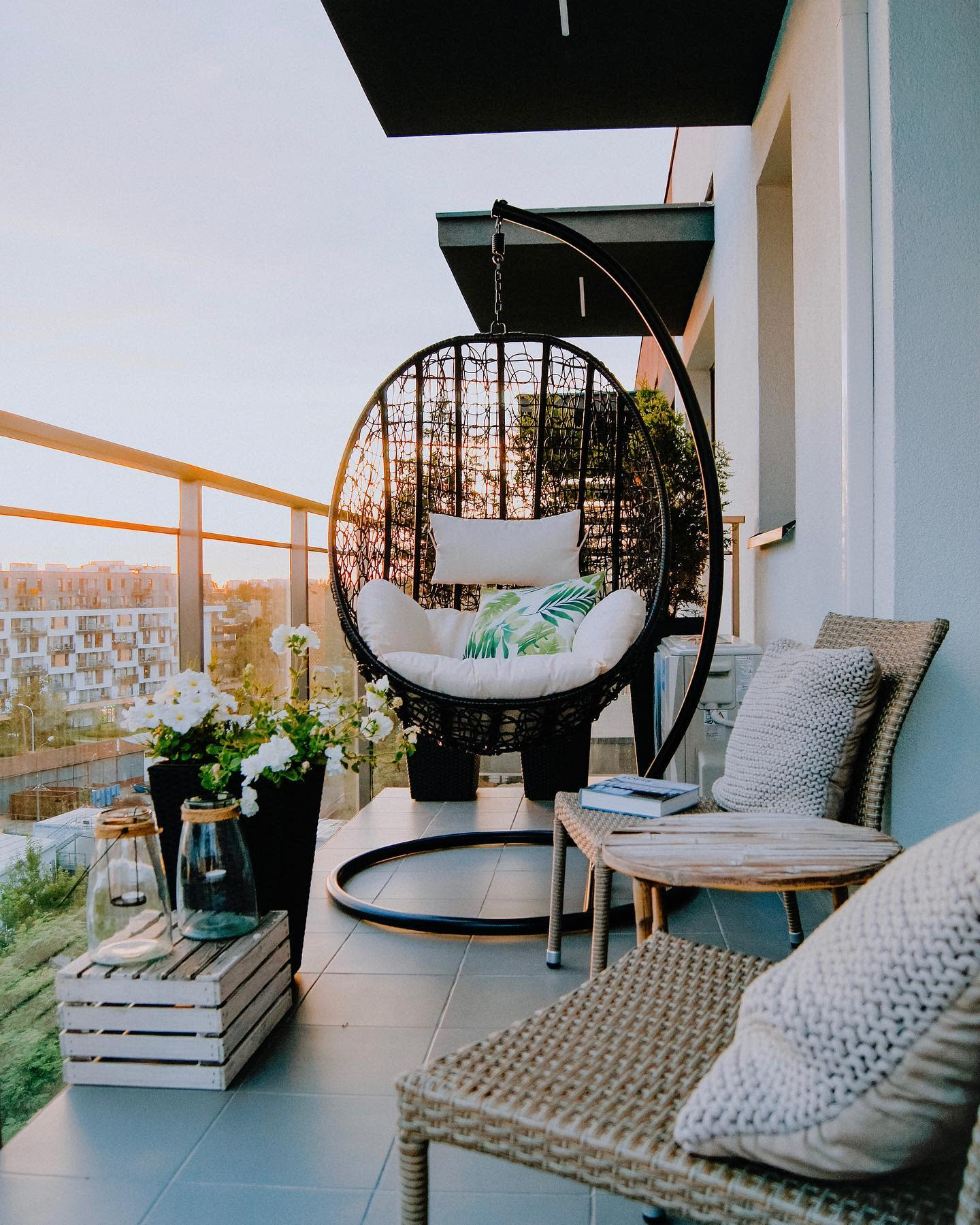 balcony design for outdoor space