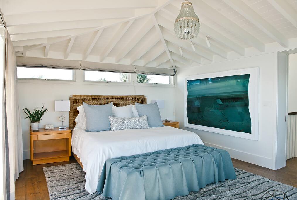 Relaxing Master Bedroom Design