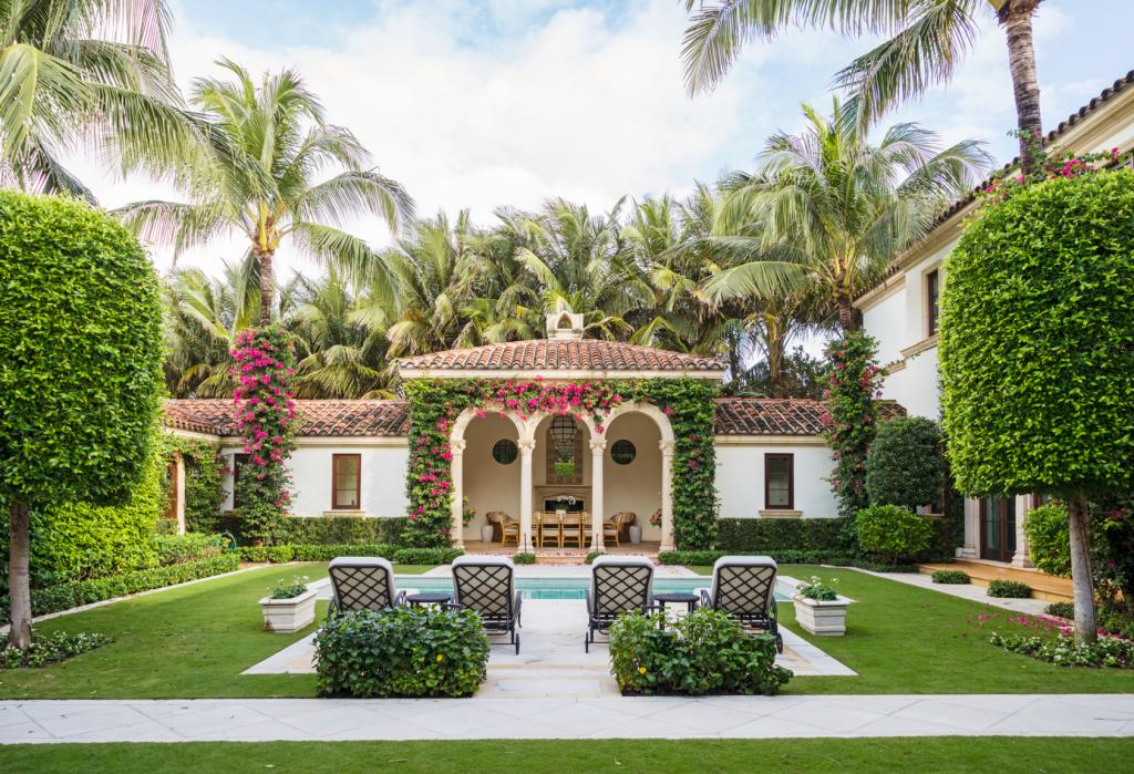 10 Best Home Garden Ideas To Enhance The Beauty of Home Garden