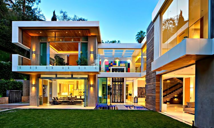 Modern Home Designs Vs Contemporary House Designs ... on Interior Modern House Ideas  id=36619