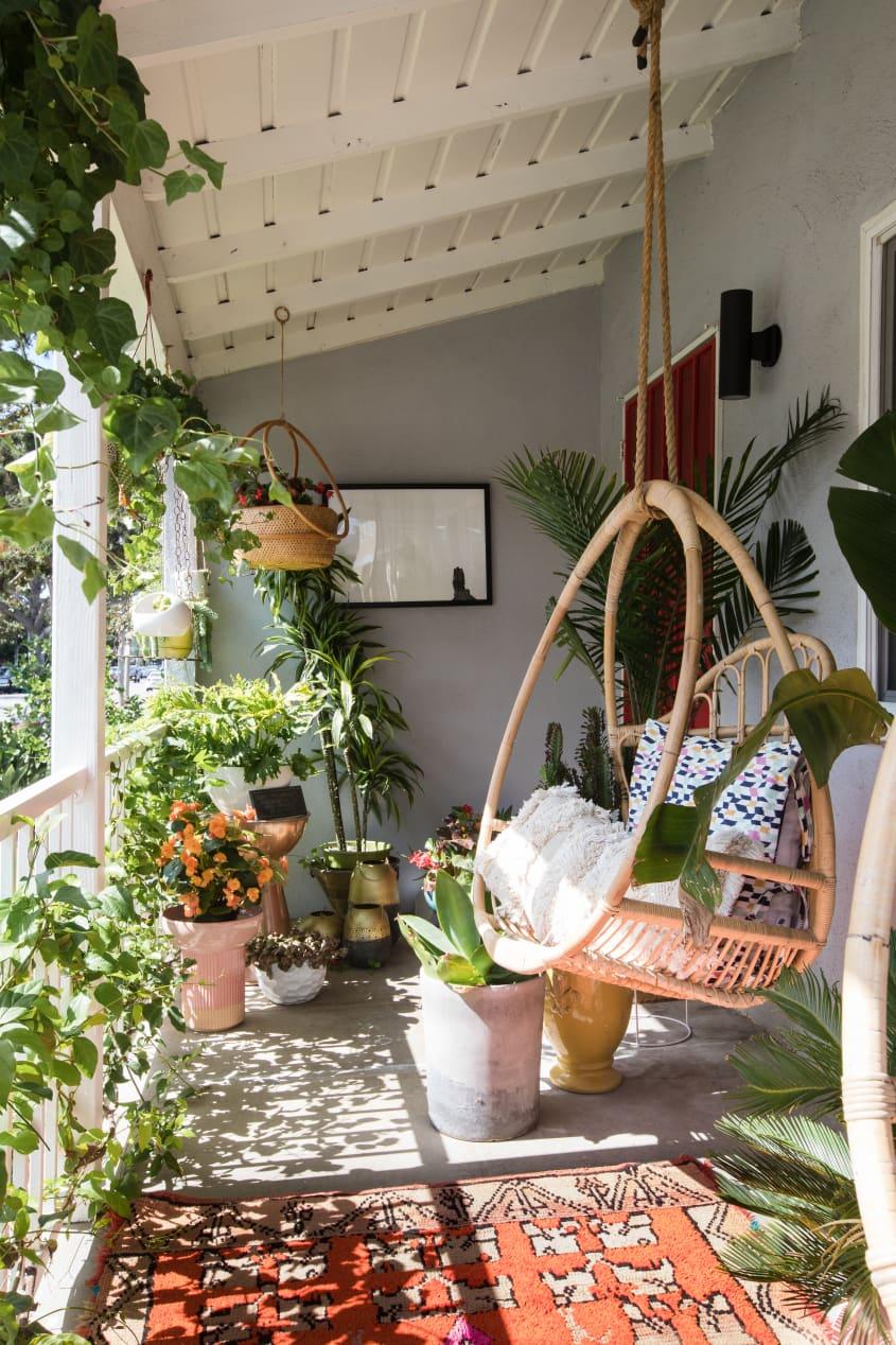 outdoor decor ideas for balcony