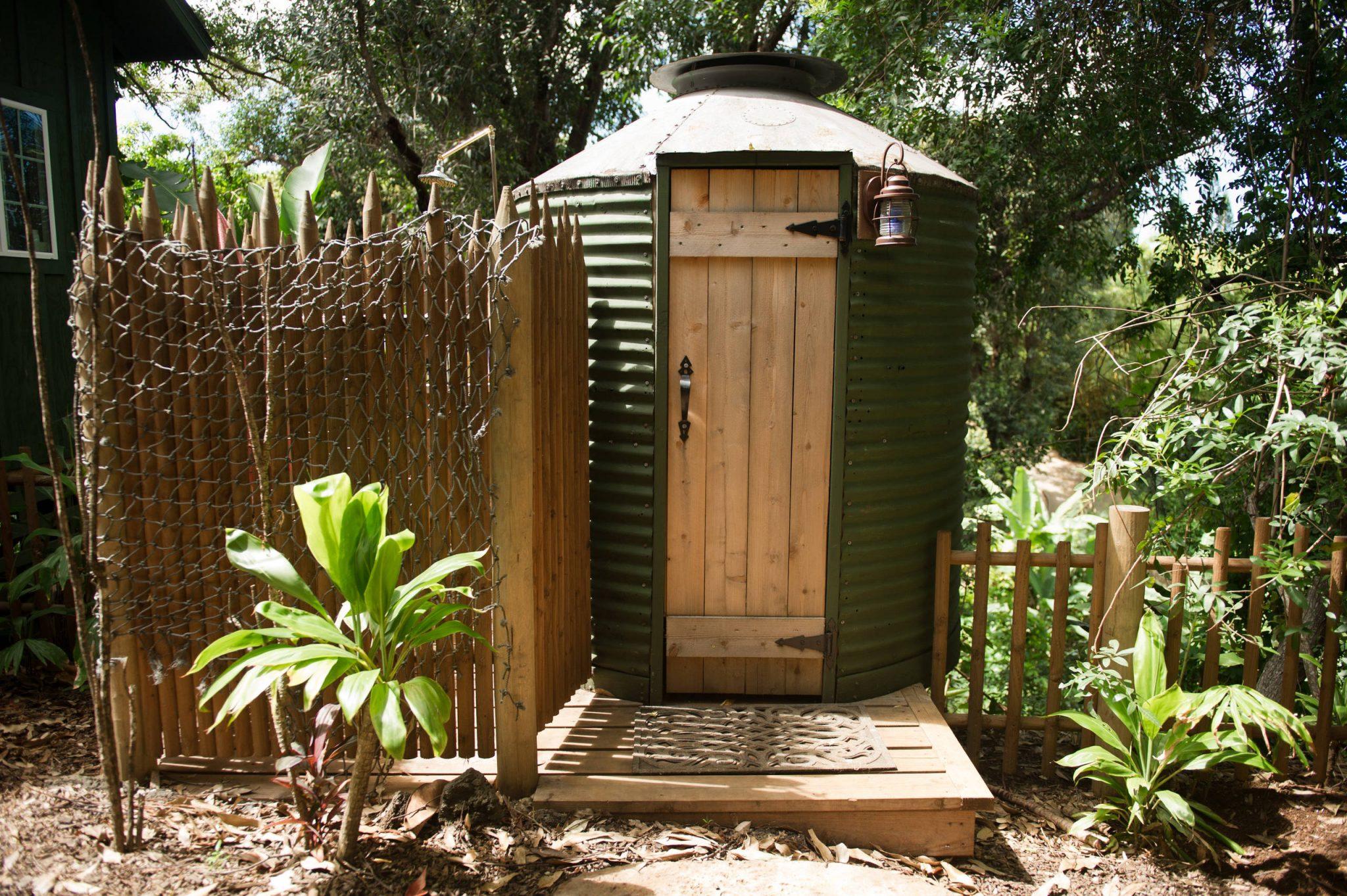 outhouse bathroom design
