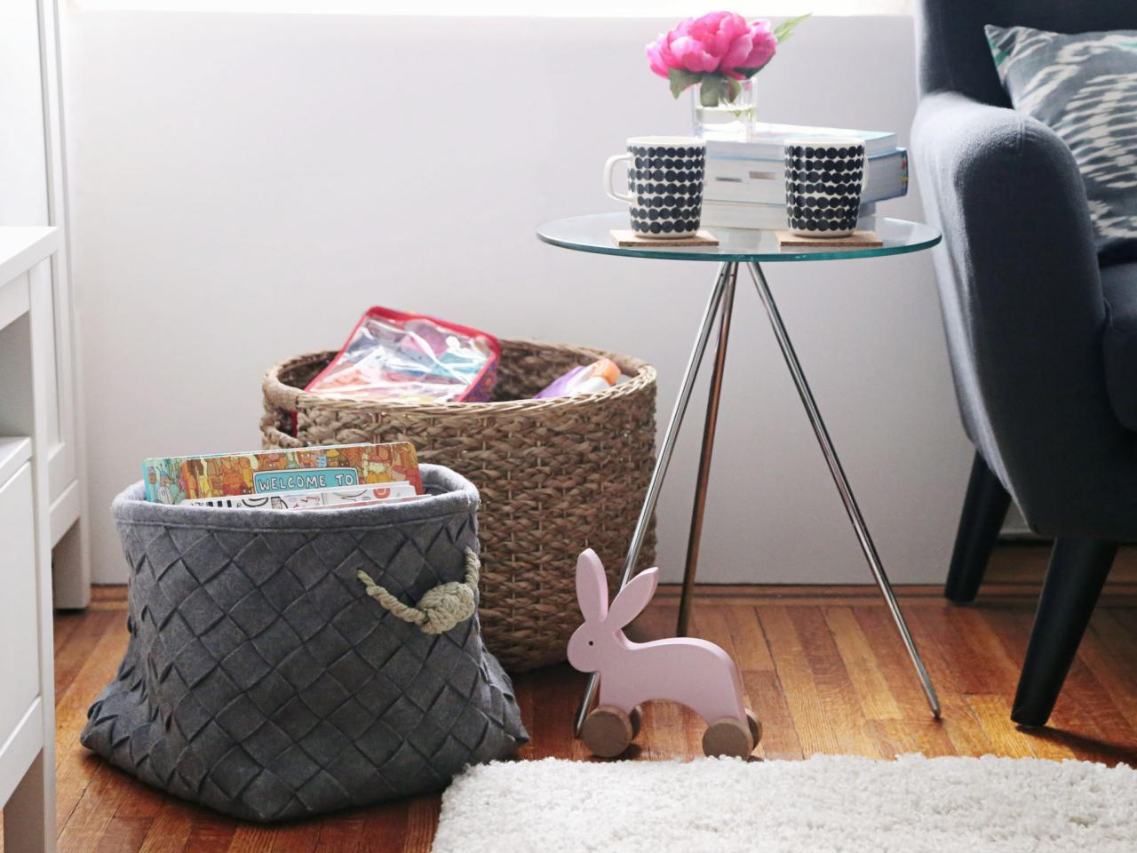 waste basket for guest bedroom