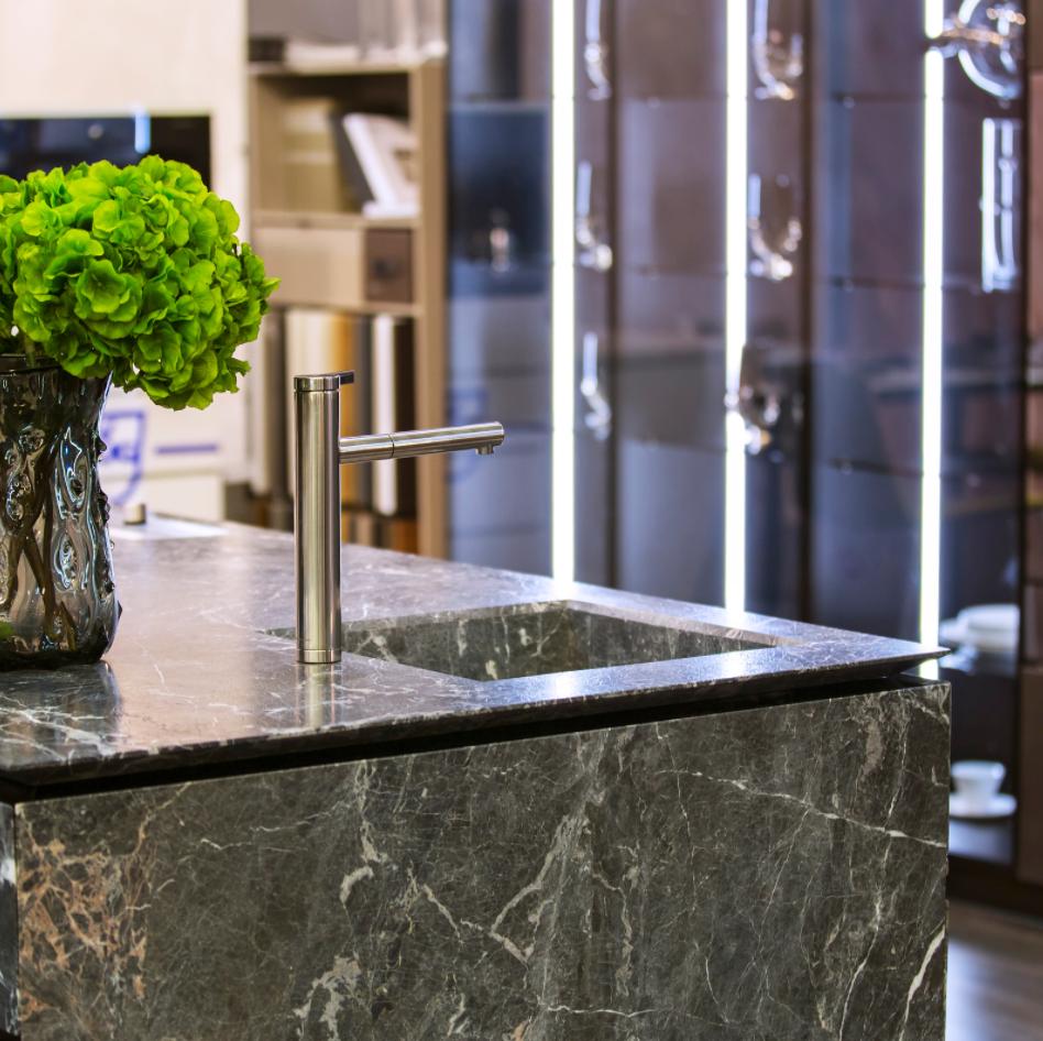 kitchen marble island design