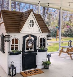 playhouse front porch decorating ideas