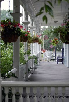 columns with fencing front porch decorating ideas