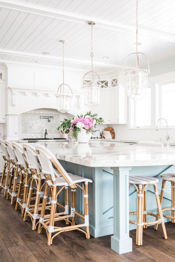 large sized kitchen island design