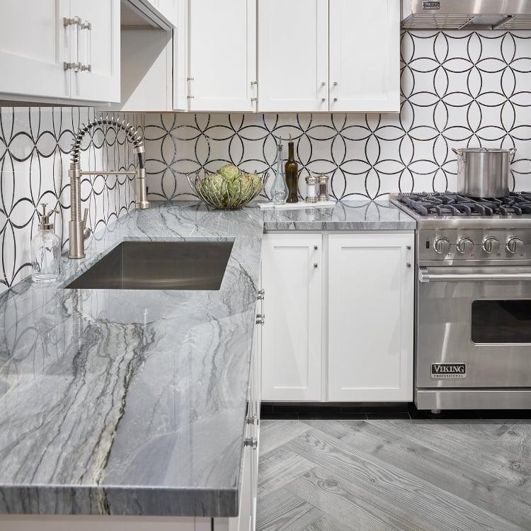 luxurious L shaped kitchen
