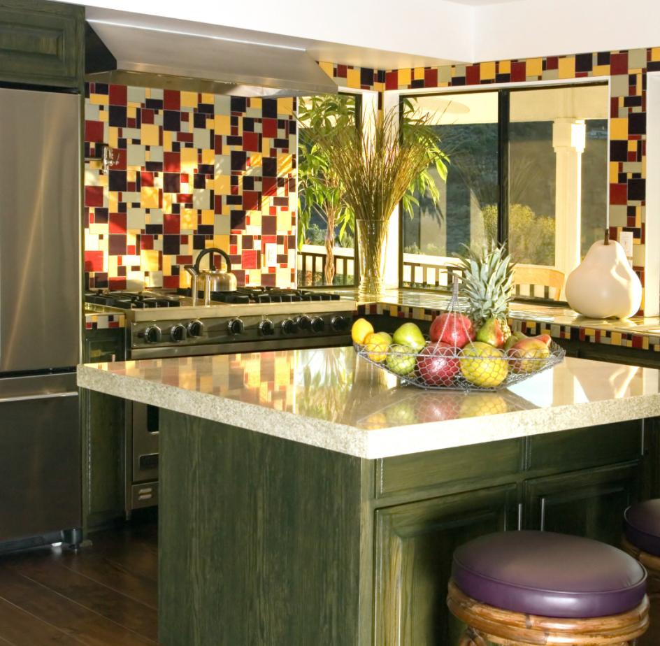 small and impactful kitchen island