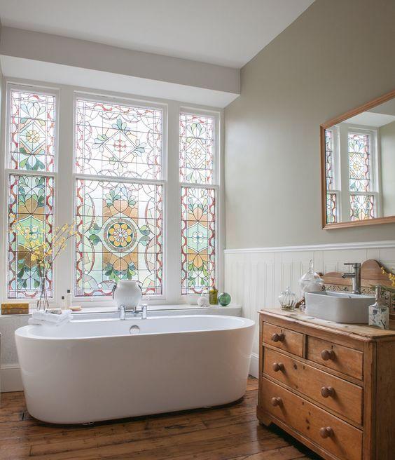 traditional-bathroom-design