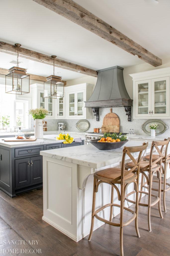 traditional farmhouse kitchen design