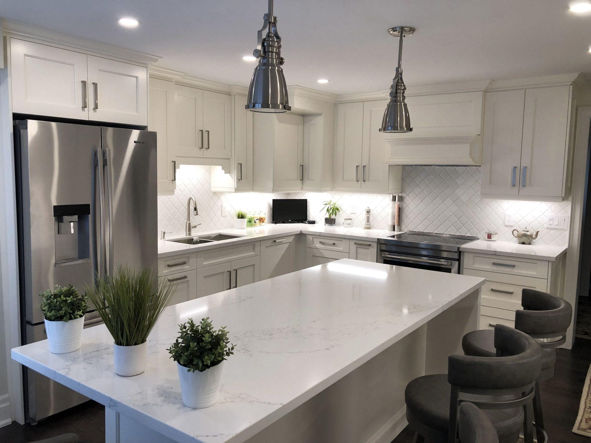 white shaker cabinet kitchen design