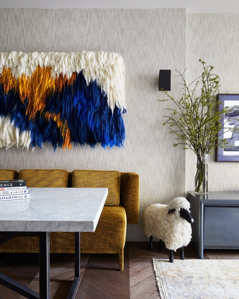 Inside Jesse Tyler Ferguson and Justin Mikita_s Sophisticated New York Pied-a-Terre